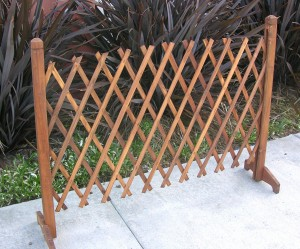Garden Creations JB4710 Extendable Instant Fence